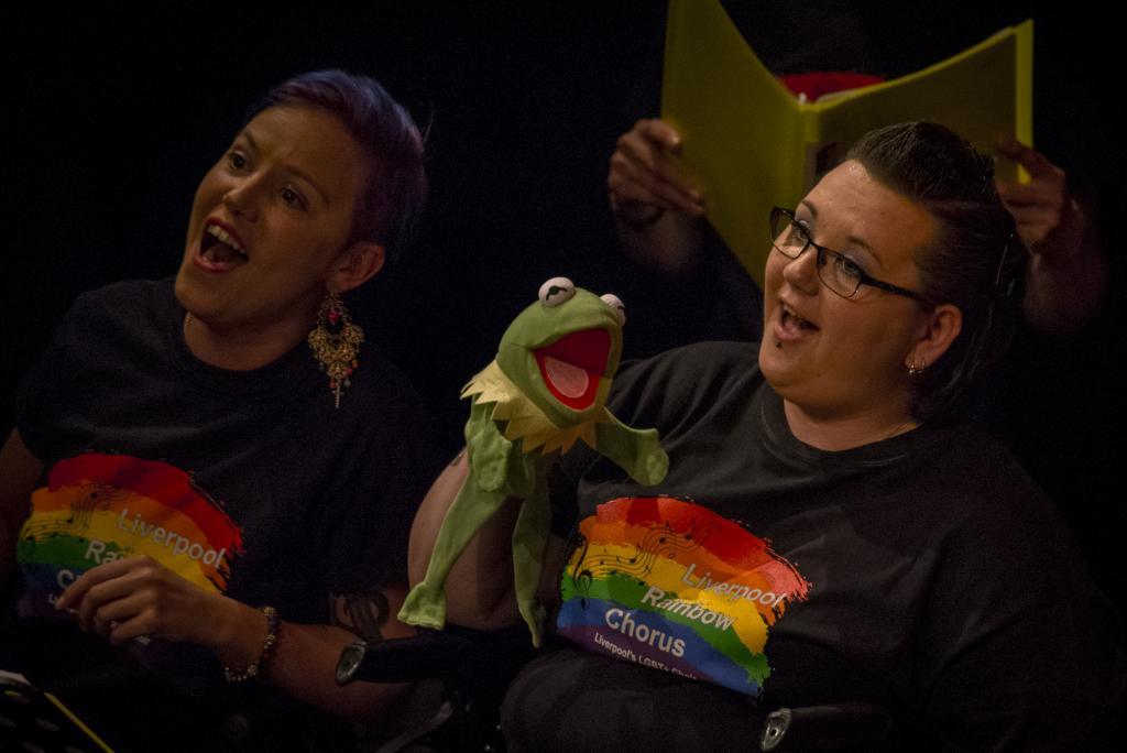 Liverpool Rainbow Chorus_Photo by Jazamin Sinclair_web–8221